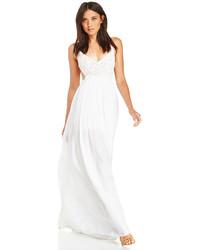Vestito lungo all'uncinetto bianco