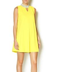Vestito scampanato giallo