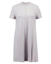Vestito scampanato grigio di Cheap Monday