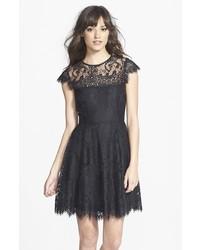 Vestito svasato nero